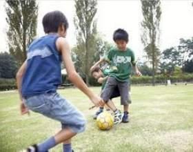 Les jeux actifs pour les enfants de 9 et 10 ans фото