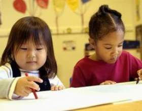 Tableau d`affichage des idées pour la classe maternelle фото