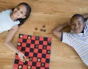 Checker jeux de société фото