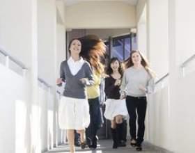 Écoles cuny qui offrent des programmes de travail social фото