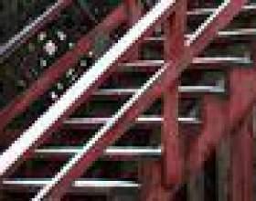 Manière la plus facile de construire des escaliers extérieurs de maison фото