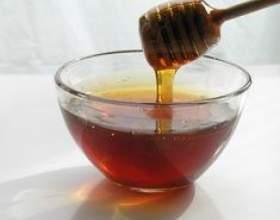 Gruau maison, miel et lotion pour le lait фото
