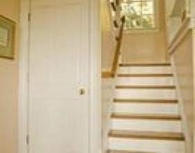 Comment puis-je mettre dans des rails d`escalier? фото