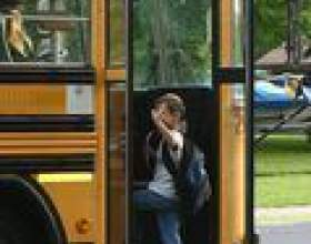 Comment commencer une formation pour être un chauffeur de bus scolaire фото