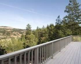 Comment construire une balustrade de terrasse en bois фото