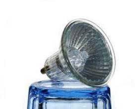 Comment changer les ampoules de projecteur фото