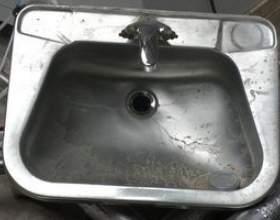 Comment nettoyer l`acier inoxydable avec du jus de citron et de bicarbonate de soude фото