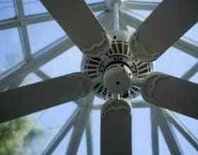 Comment convertir un ventilateur de plafond accroché à un montage encastré фото