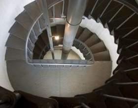 Comment dessiner un escalier en colimaçon фото