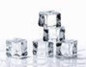 Comment se débarrasser des flocons blancs dans des cubes de glace фото