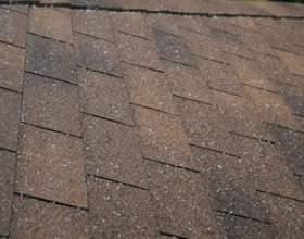 Comment identifier les dégâts de la grêle sur le toit фото