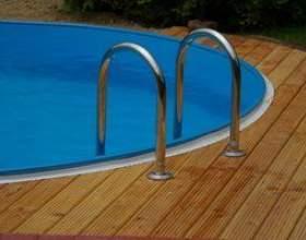 Comment faire pour installer une échelle de la piscine sur une terrasse фото