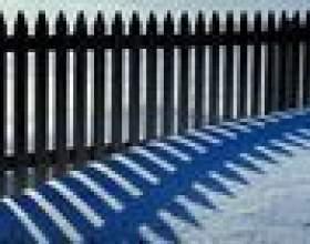 Comment positionner une clôture à neige pour bloquer la neige фото