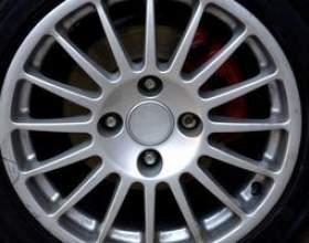Comment réparer les roues en alliage d`aluminium corrodés фото