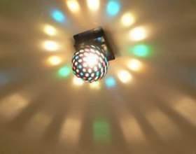 Comment remplacer les fils de lumière au plafond фото