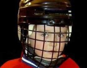 Comment remplacer la cage sur un casque de hockey bauer фото