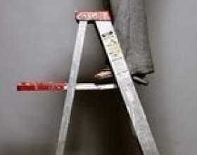 Comment utiliser un escabeau sur les escaliers фото