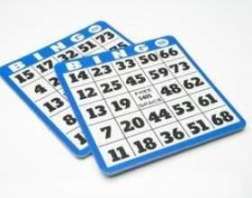 Avantages intellectuelle pour les personnes âgées jouent au bingo фото