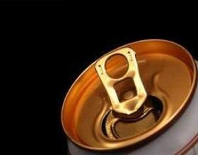 Bière recyclé peut artisanat фото