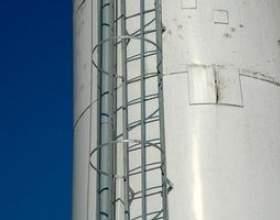 Exigences pour les échelles osha cage фото