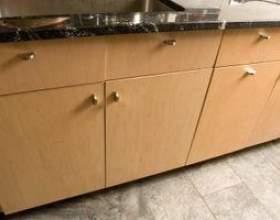 Dois-je obtenir des planchers en ardoise pour ma cuisine? фото