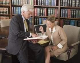 Les salaires des avocats en moyenne par état фото