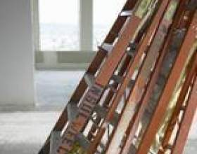 Les effets de la lumière solaire sur des échelles en fibre de verre фото
