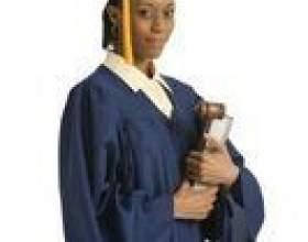 Le salaire de départ moyen des étudiants des facultés de droit фото