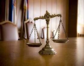 Les fonctions d`un avocat фото