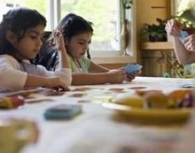Comment jouer uno pour les enfants фото
