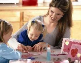 Valentine boîte aux lettres idées pour enfants d`âge préscolaire фото