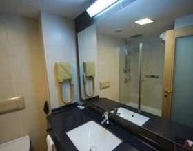 Très petites idées de salle de bains фото